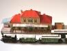 Historické nádraží a vlak z počátku 20. století