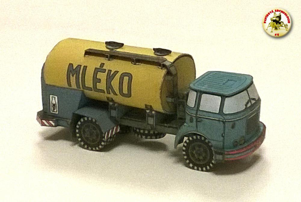 Mlékárenský vůz (cisterna pro rozvoz mléka)